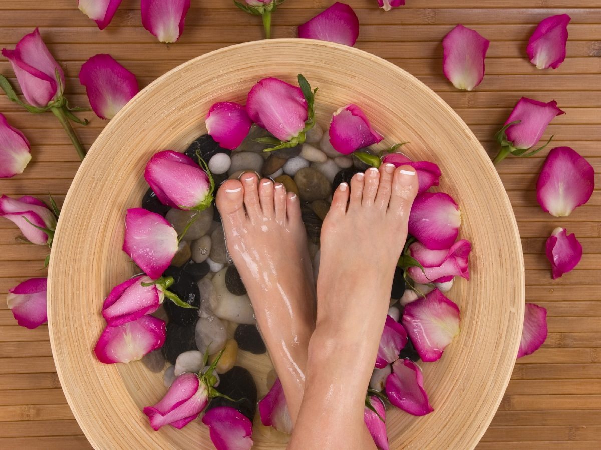 Luxury Reflexology massage Massage